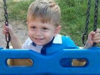 Antalya'da üzerine televizyon düşen çocuk öldü