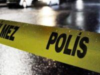 Psikolojik sorunları olduğu iddia edilen doktor babasını bıçakladı