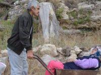 Kayseri'de el arabasıyla hasta taşındığı iddiası