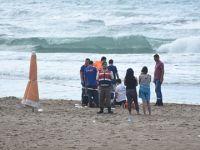 Denize giren üniversite öğrencisi boğuldu