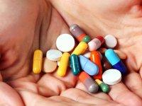 İlaç israfı devam ediyor! Sağlık harcamalarının yüzde 60'ı ilaca gidiyor!