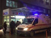 Başına cam tabla düşen acil servis doktoru ağır yaralandı