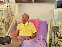 İsveç'teki ameliyatta içinde unutulan kataterden Türk doktor sayesinde kurtuldu