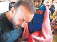 Doktor başkandan Arakan'da insanlık dersi