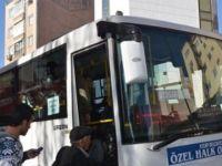 Fenalaşan yolcuyu hastaneye otobüs şoförü götürdü