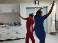 Hastanede skandal! Yoğun bakımda göbek attılar