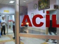 Trafik kazasında yaralanan 4  sağlık personeli hastaneye kaldırıldı