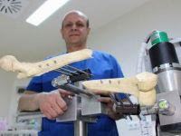Türk doktordan dünyada bir ilk: 'Ortopedi Robotu'