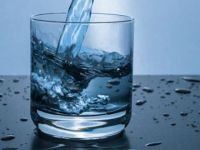 Bol su tüketmek, böbrek taşı oluşumunu engelliyor