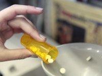 65 yaş üstü, ilaçlarının % 40'ını yanlış kullanıyor