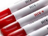 Ölen eşine HIV virüsü bulaştırdığı iddiasıyla yargılanıyor
