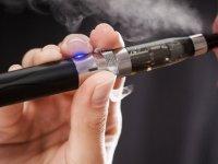 Prof.Dr. Nazmi Bilir: 'Elektronik sigara sigarayı bırakmada etkin değil'