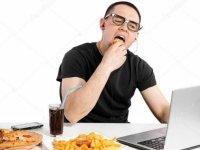 Fast food tüketimler ve hareketsiz yaşam diyabete zemin hazırlıyor