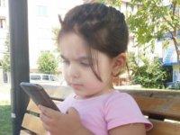 3 yaşındaki Hira'nın sesini çaldılar