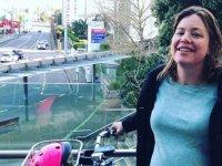 Yeni Zelandalı bakan doğuma bisikletiyle gitti!