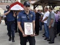 Kansere yenik düşen polis son yolculuğuna uğurlandı