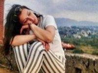 Babasıyla tartışan genç kız, canlı yayın yapıp intihar etti
