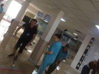 Sağanak yağış sonrası tıp fakültesi hastanesini su bastı... Hastalar sedye ile çıkarıldı!