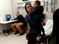 Hastanede skandal ! Çocuklar ağlarken doktor iskambil oynadı