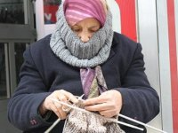 Emekli hemşire kredi kefili oldu, 19 daire, 9 otomobil kaybetti