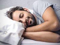 Gece çalışanlara gündüz karanlıkta uyuma uyarısı