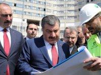 Bakan Koca, Gaziantep Şehir Hastanesi inşaatında incelemelerde bulundu