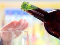 """Çin'de yapılan araştırma: """"Alkolün azı bile felç riskini yüzde 35 artırıyor"""""""