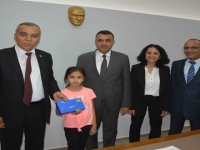 9 yaşındaki Elif'e bilinçli tüketici ödülü