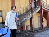 Semra hemşire 9 yıldır 9 köye şifa dağıtıyor