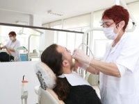 Sağlık Bakanlığı diş tedavisi sırasında alınacak tedbirleri Kovid-19'a göre güncelledi