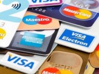 Haftada, bir kredi kartı büyüklüğünde plastik yutuyoruz
