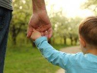 Baba olmak isteyen bir  erkek için hangi tıbbi tedaviler uygulanabilir?