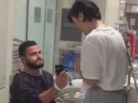 Ameliyat öncesi evlenme teklifi etti, profesöre ricada bulundu: 'Mümkünse işlemden sağ çıkayım'