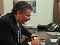 Sağlık Bakanı Koca, Almanya'da yılın doktoru seçilen Dr. Dilek Gürsoy'u tebrik etti