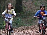 'Çocuklar günde en az bir saat fiziksel aktivite yapmalı'