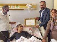 Lenfoma hastası öğrenciye diploma sürprizi