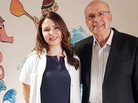 Ameliyatını yapan cerrahla 20 yıl sonra Kongrede meslektaşı olarak karşılaştı