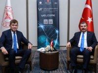 Sağlık Bakanı Koca 7 sağlık bakanı ile ikili görüşme yaptı