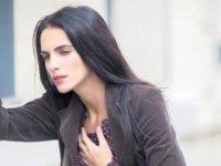 Kalp krizi göğüs ağrısı ile geliyor