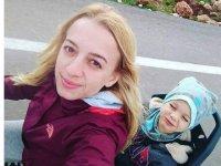 Nöbetten dönen Özlem hemşire kazada hayatını kaybetti
