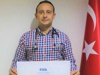 Doç. Dr. Hasan Güngör, FIFA'nın resmi Futbol Doktoru oldu