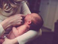 Aile hekimlerinden yeni doğum yapan annelere emzirme uyarısı