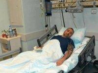 Hasta yakını sağlık teknikerinin elmacık kemiğini kırdı