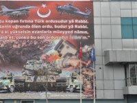 Erzurum SGK İl Müdürlüğüne dev afiş asıldı