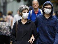 Fransa'da son 24 saatte 418 kişi yaşamını yitirdi