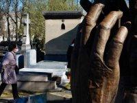 Fransa'da Kovid-19'dan ölenlerin sayısı 1100'e çıktı