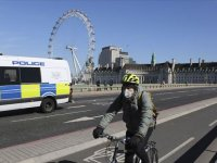 İngiltere'de vaka sayısı 33 bin 718, ölenlerin sayısı 2 bin 921'e ulaştı