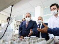 Bakan Varank: İlaç sektörü savunma kadar kritik