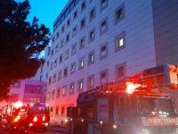 Zeynep Kamil Hastanesi'nde yangın: Hastalar tahliye edildi