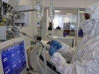 Türkiye'de 61 bin 967 kişinin Kovid-19 testi pozitif çıktı, 362 kişi hayatını kaybetti